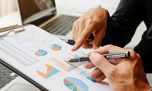 Comprometimento com performance e resultados